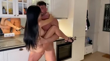 Latina babe fucks a horny guy after he helps her to her car